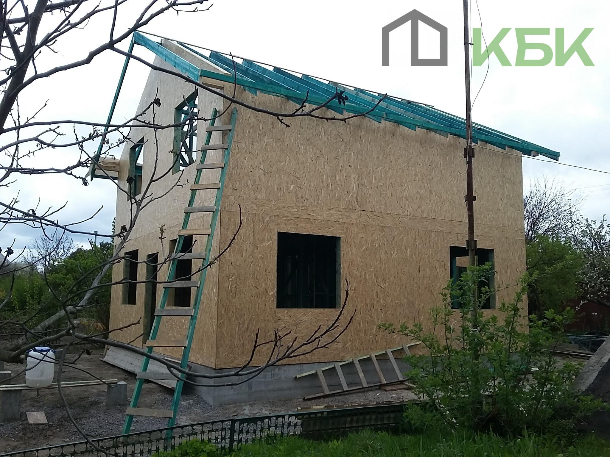Будівництво каркасного будинку під ключ дах фото